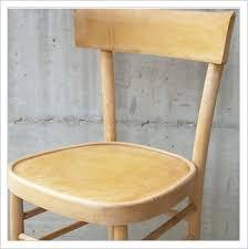 sedia in legno causa dolore cervicale