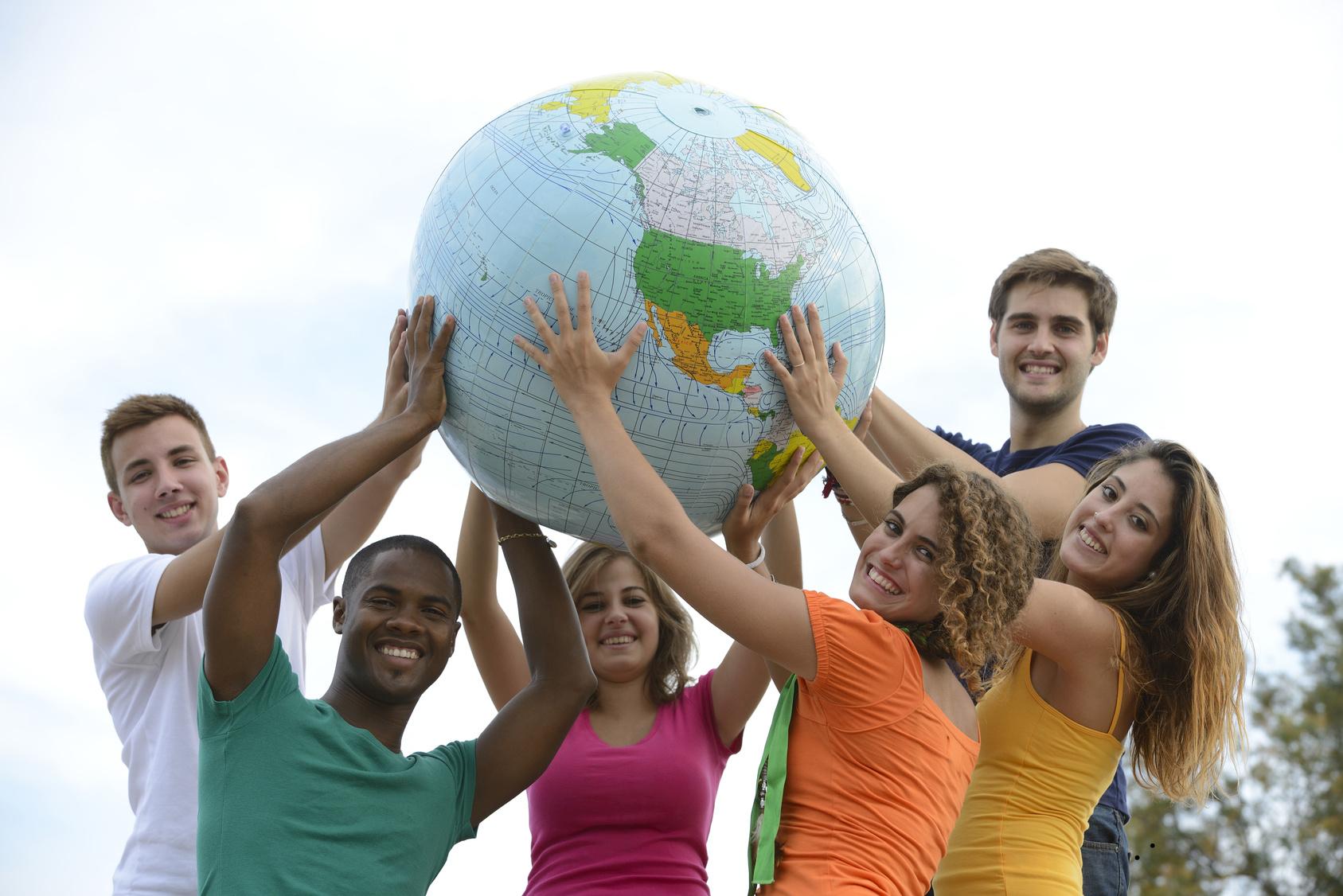 fare volontariato estero nel mondo