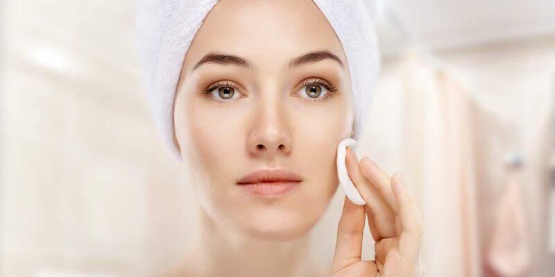 Cura del viso: le 5 tecniche d'oro per una pelle perfetta